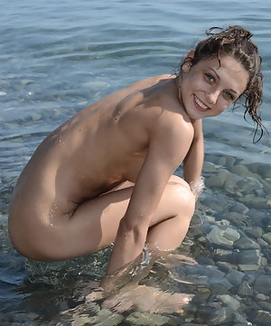 Free Wet Teen XXX Pictures