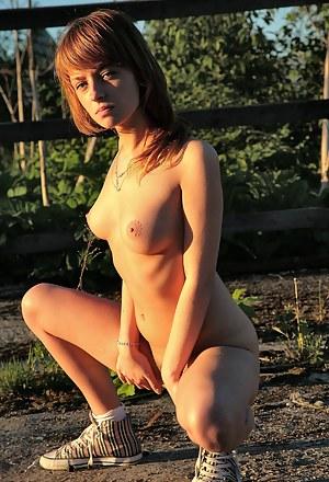 Free Teen Farm XXX Pictures