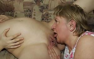 Free Pregnant Teen XXX Pictures